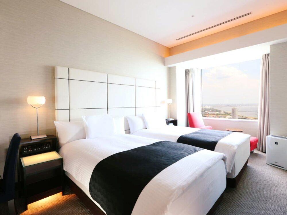 アパホテル&リゾート〈東京ベイ幕張〉